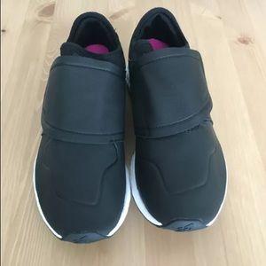 New Balance Women's Fresh Foam Leather Sneakers